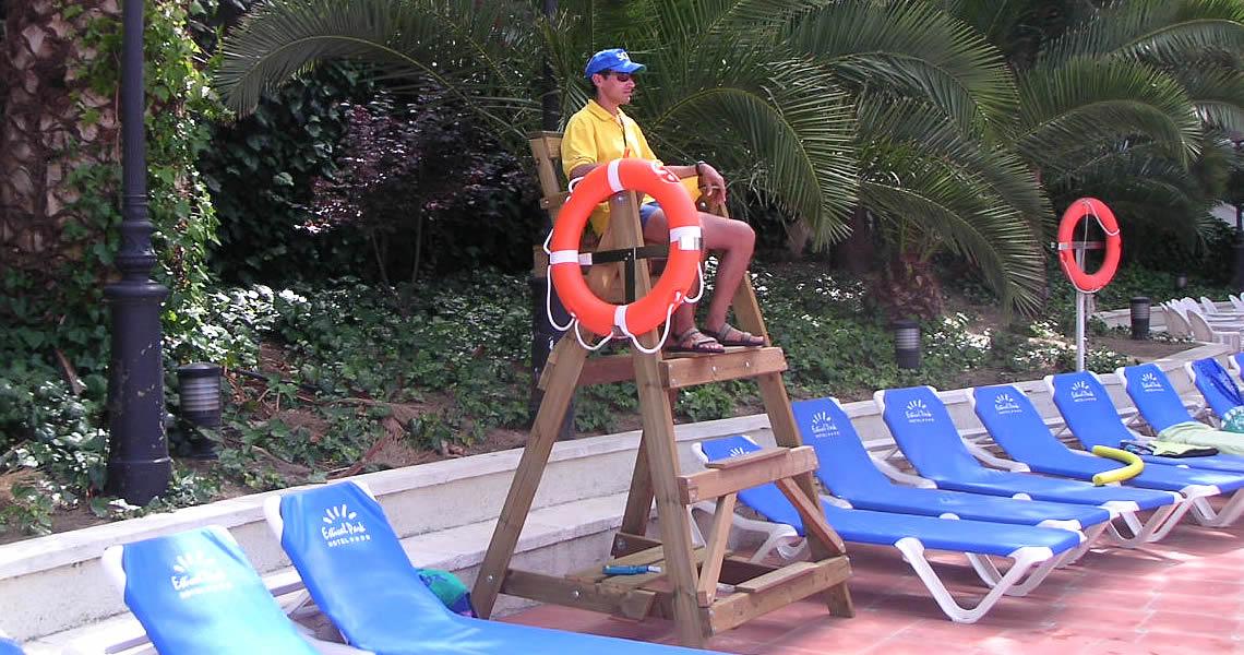 precio sillas de vigilancia para playas